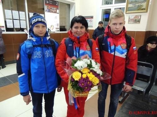 Сборная России завоевала первое общекомандное место на завершившемся в Софии первенстве мира.